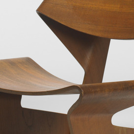 Grete Jalk: Laminated Chair